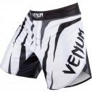 "Venum ""Sharp"" Kampf Shorts - Eis/Schwarz"