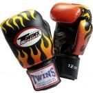 "TWINS Boxhandschuhe, ""Feuer und Flammen"", Klettverschluss, Leder"